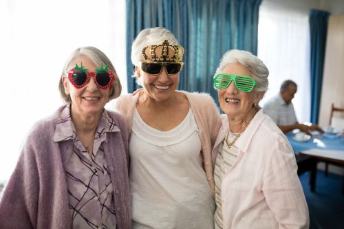 bridgewater-socialization-is-vital-to-healthy-senior-living